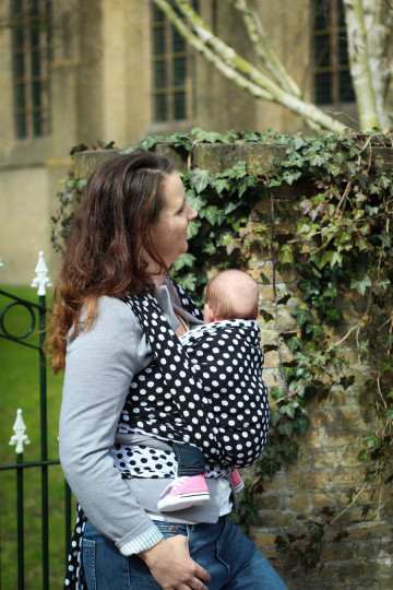 Yaro Polka Dot Contra Black White Ring Sling