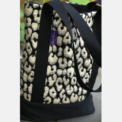 Yaro Tote Bag - Pussycat Black White Fluffy