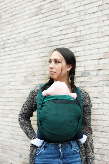 Yaro Newborn Emerald Black Ring Sling