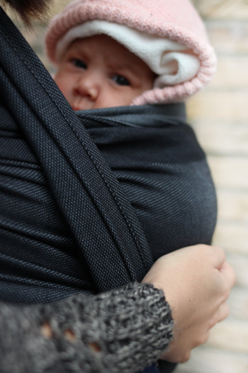 Yaro Newborn Grey Black Ring Sling