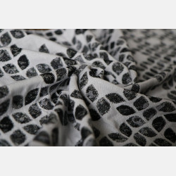 Yaro Petals Ultra Black White Grey Tencel