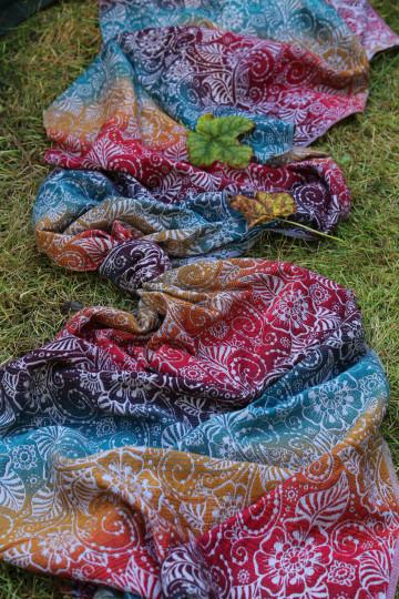 Yaro Ava Trinity Sepia Rainbow