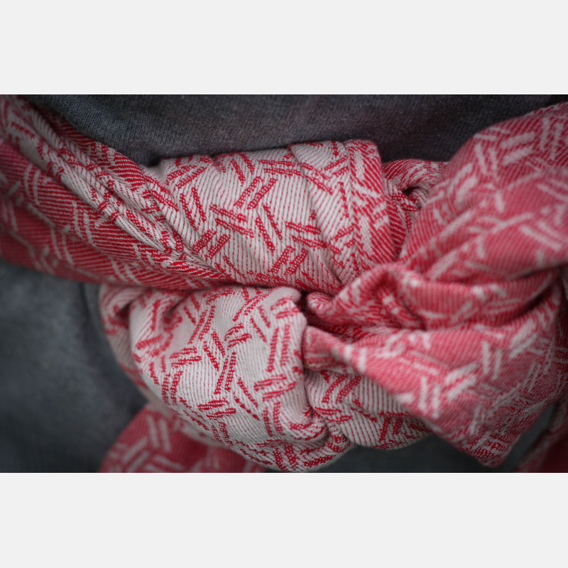 Yaro Basket Red Ring Sling