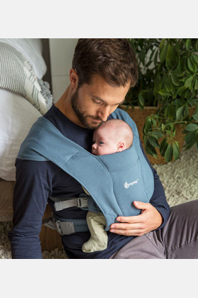 ERGObaby Carrier Embrace